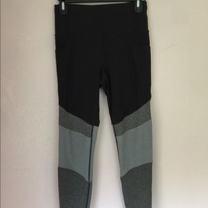Athleta // Black and Grey Leggings